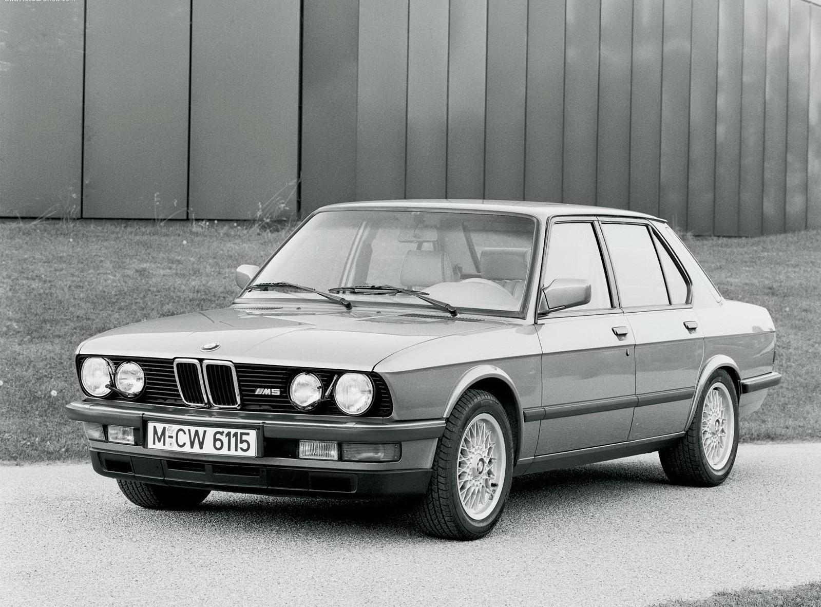 bmw-m5-1984
